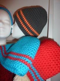 ... und langsam füllen sich die Regale mit Mützen und Schals für die kalte Jahreszeit.